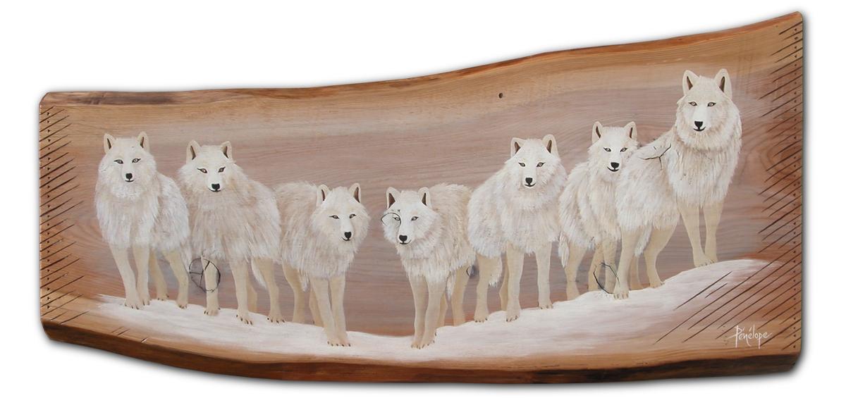 loups peints sur mélèze